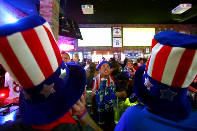fl-broward-soccer-cup-watch-0622Chris Pasada, center, watches the United States national team with some friends at Carolina Ale House in Weston on Sunday. The U.S. team ended in a 2-2 tie with the favored Portugal team.Joe Rondone / Correspondent